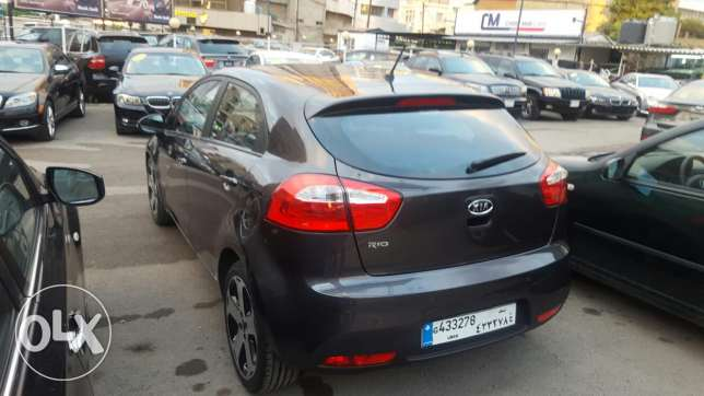 Kia rio hatshback f.o mod 2013 black 2 airbag +ABS jnouta 17 like new جديدة -  4