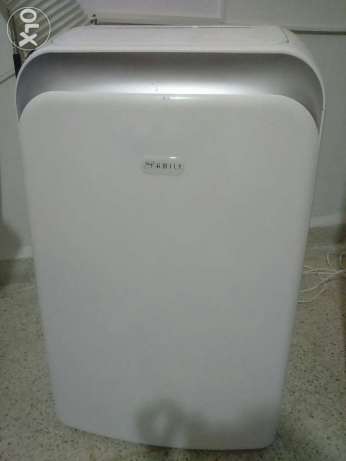 Portable AC Biofamily 12000 BTU, brand new, unwanted gift.