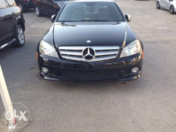 Mercedes C300 / 2008 blk/ grey , 2ajnabe, super clean