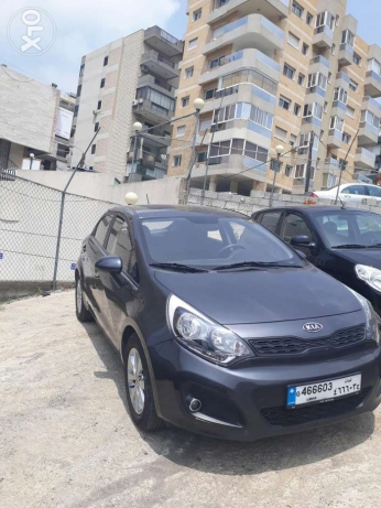 Kia rio mod 2012 full option abs airbag