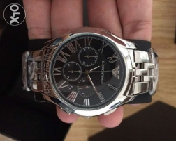 The new 2017 Genuine silver and black men's Armani watch