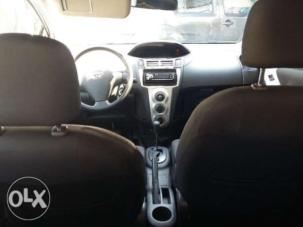 toyota yaris 2007 silver, full option, بوشرية -  4