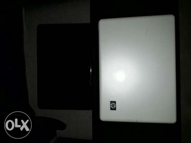 2 laptop's HP and TOSHIBA