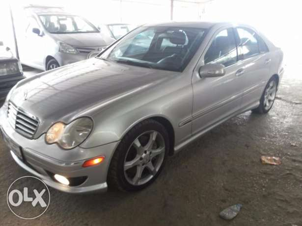 Mercedes 2007 Look amg C230 5ar2a هلالية -  1
