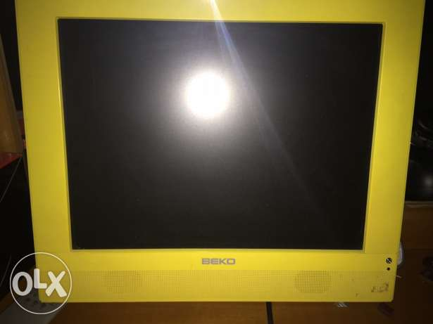 screen for sale بعبدا -  1