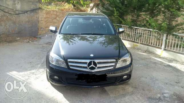 Mercedes benz C180, or trade prado or lexus gx470