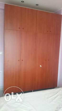 Closet Excellend condition. Used for 2 months only