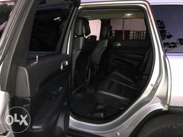Koummit Lnadafé wel jamel 4*4 Grand Cherokee 2011 just arrived حازمية -  5