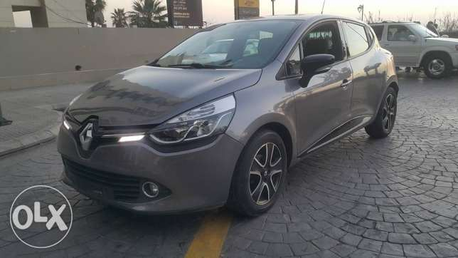 Renault Clio//2014// New Look مصدر الشركه Full option Navigation//Perf