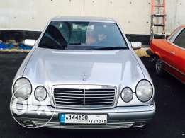 mercedes e320 like new