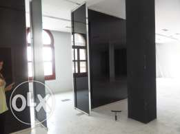 A 360 sqm Office for Rent in Down Town