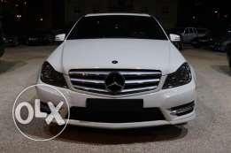 C class 250 white full options ajnabi model(2012)