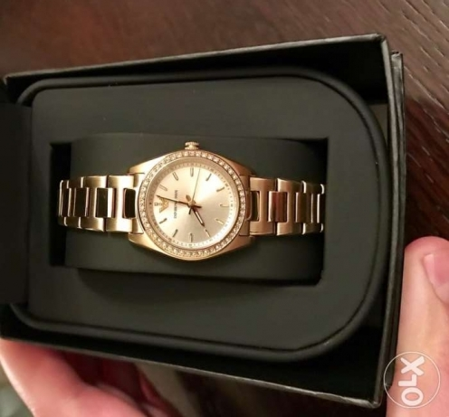 Original golden Emporio Armani watch for ladies