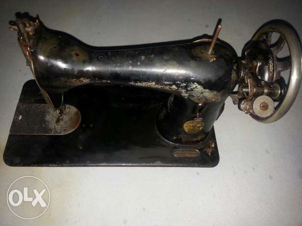 100+ years old Singer sewing machine
