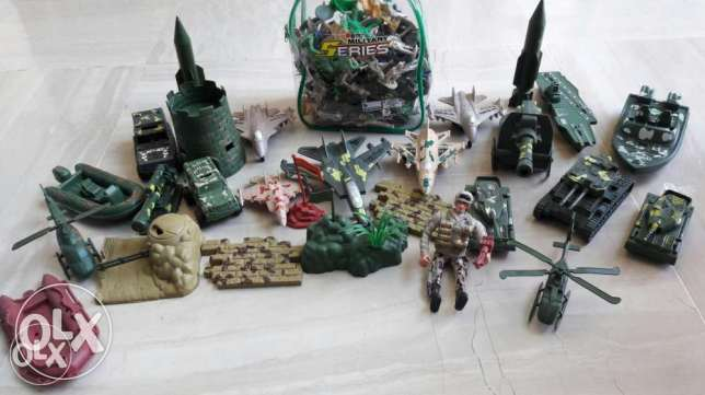Military figurine colection, for sale