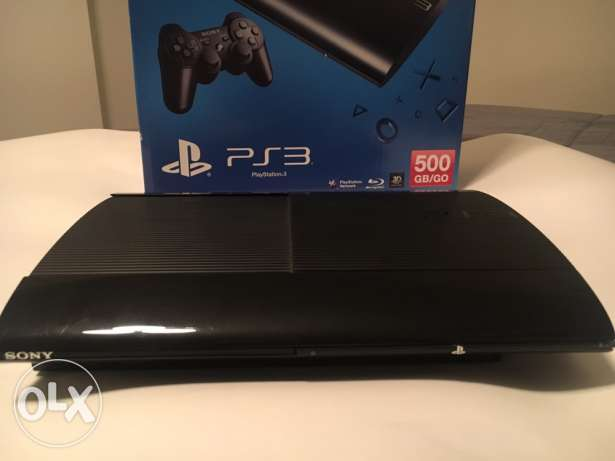 ps3 500GB with 2 controllers