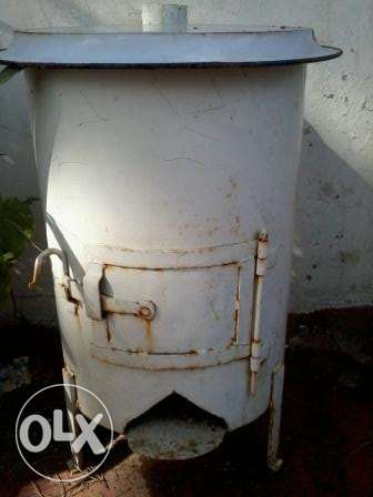 old ferforge Stove, wood, 110cmx60cm, 65Kg, 70$ negotiable