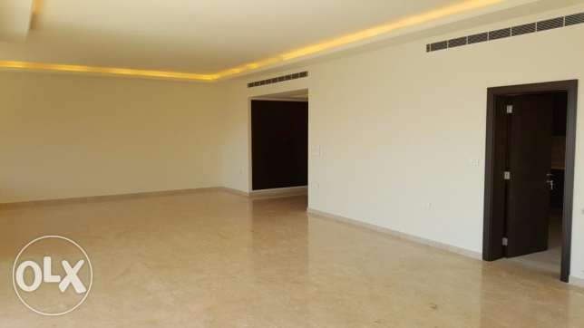 Apartment with Terrace for Sale in Adma