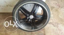 Four wheels 22 and tyres for sale