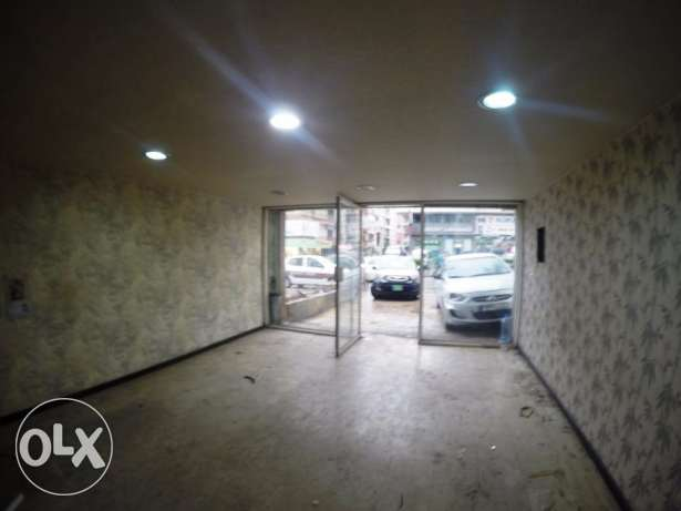 Shop for rent in Sin El Fil Main Road - F&R4735