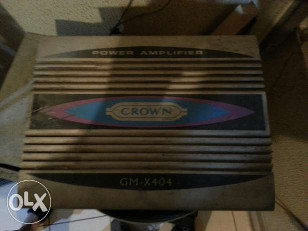 Amplifier crown 404