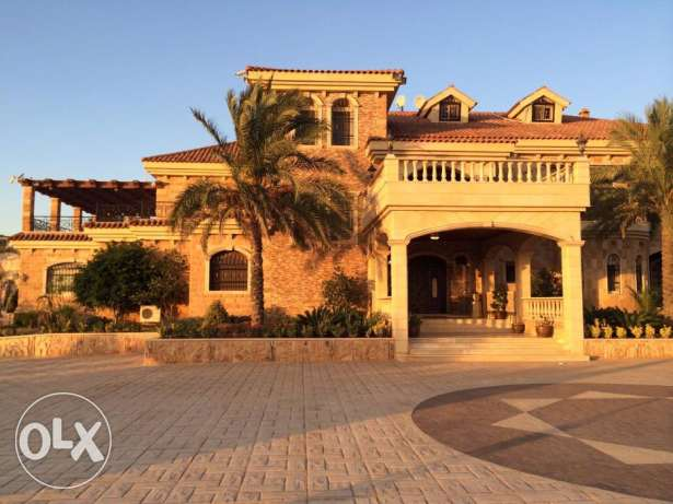 Fully Furnished Villa , 3 floors with Pool- NEGOTIABLE