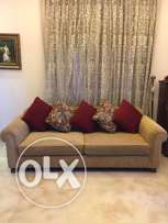 Salon with 3 sofas (1 sofa with 2 seats and the other 2 with 2 seats) including 6 pillows. sofas