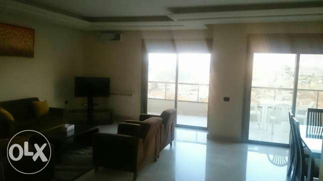 Aoukar, Furnished appartment in Awkar with sea and mountain view المتن -  4