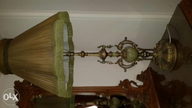 Real onyx bronze lamp, antique , made in U.K.