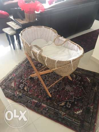 Moses Basket porte bebe New NOT Used with stand