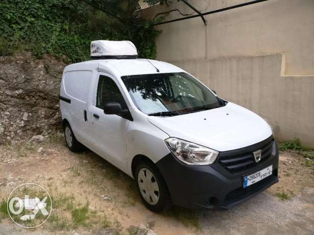 Dacia Dokker + 3 Years Free Insurance M.2016 (Almost New)-Barely Drive