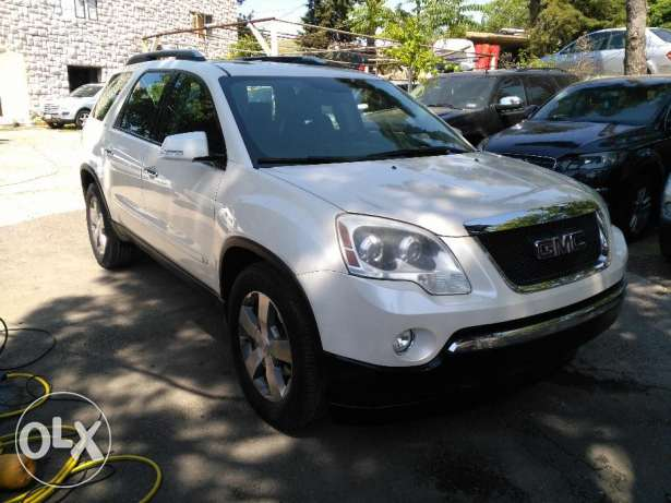 GMC acadia SLT 2009 full option clean carfax