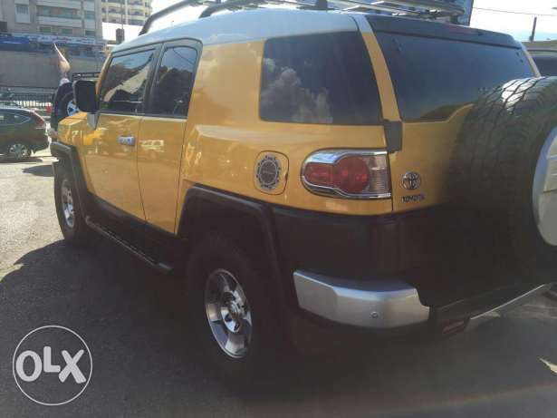 Fj Cruiser 2009 4×4 ,very low mileage, clean carfax, full options. الشياح -  4