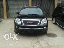 For sale full option GMC acadia 2008