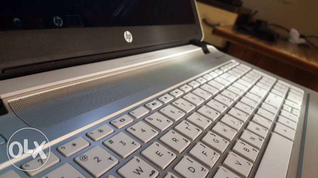 Laptop HP i7 Pavilion 1000GB
