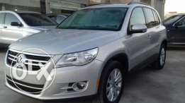 VW Tiguan SEL 4-Motion 2009 clean CARFAX low milleage