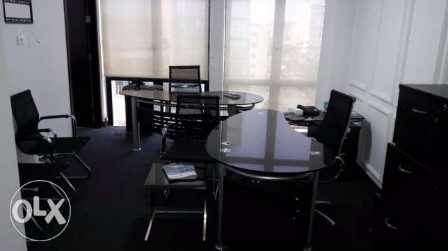 office in Horch Tabet, 75m furnished for rent plus one parking