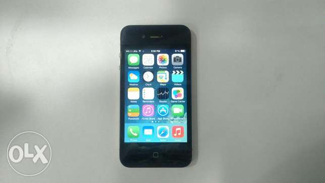 Used for sale iphone 4 32 g very very very good condition راس النبع -  2