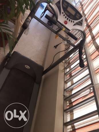 Treadmill for sale سن الفيل -  1