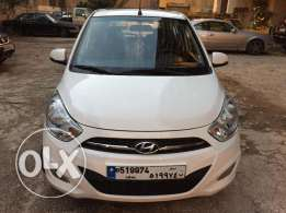 Hyundai i10 2013 Automatic Full option with Sun roof.