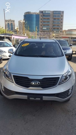 Kia sportage 2013 f. O like new