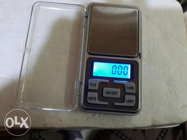 Elctronic scale 200 g pression