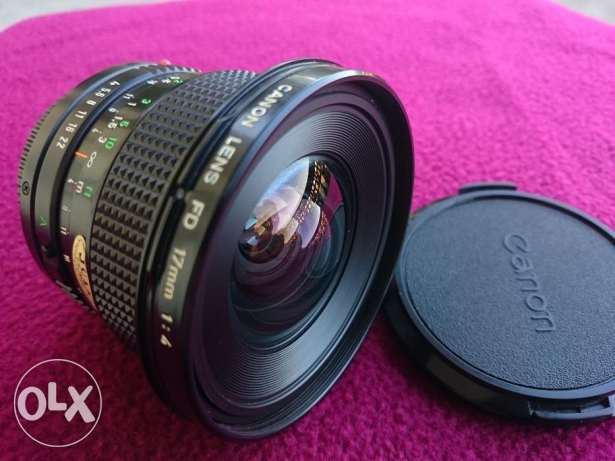 Canon new FD 17mm f4 - MINT as NEW