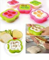 Sandwich mold maker