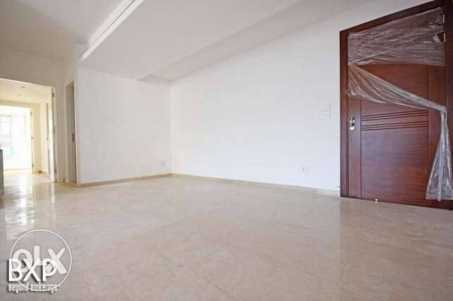 185 SQM Apartment for Rent in Beirut, Abdel Wahab Inglizi AP5777