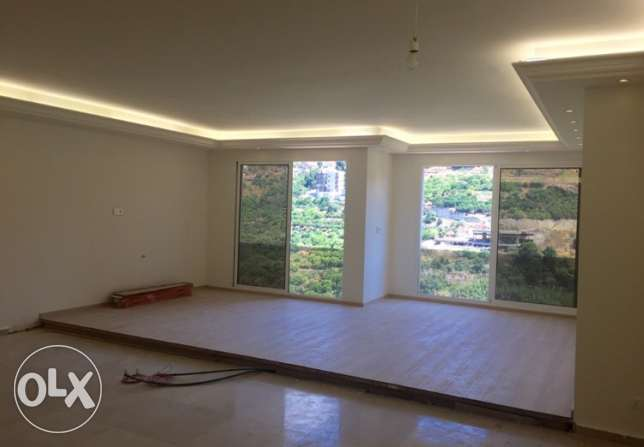 New Mar Takla mountain view new apartment for rent