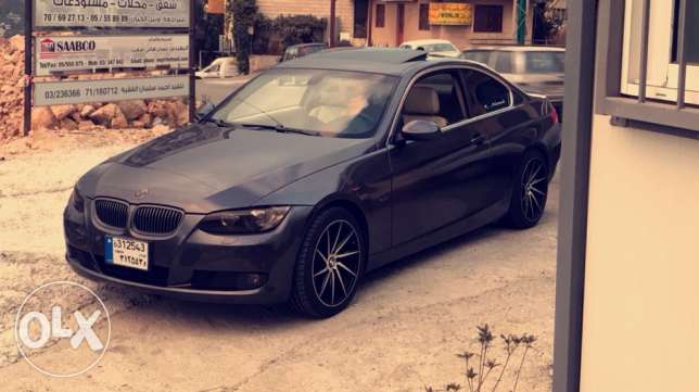 e92 328i BMW coupe