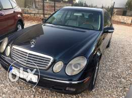mercedes benz e 320 model 2004 super clean with an exillent condition