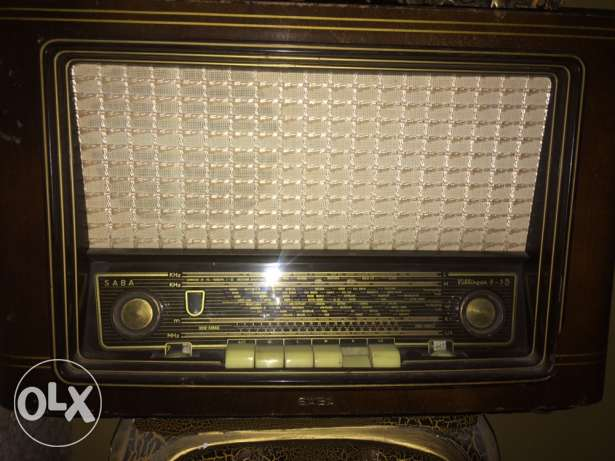 for music lovers, working , antique , very old but good condition بعلبك -  2