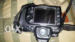 Nikon d700 body only 2 batteries charger